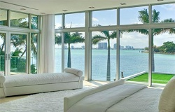 Miami Beach Waterfront Homes Waterfront Homes For Sale In Miami